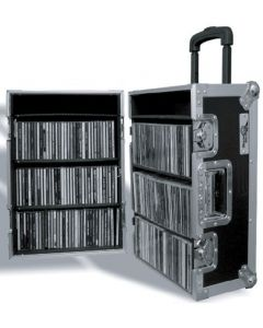 200 CD Flight Case with Handle and Wheels